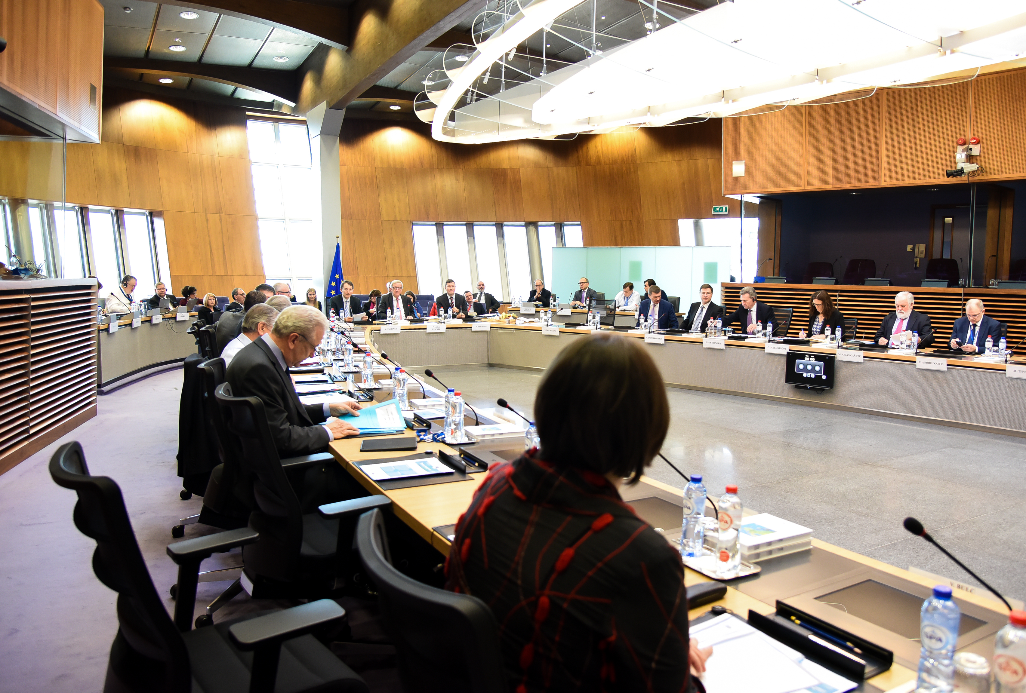 Managing the Refugee Crisis: Commission reports on implementation of EU-Turkey Statement